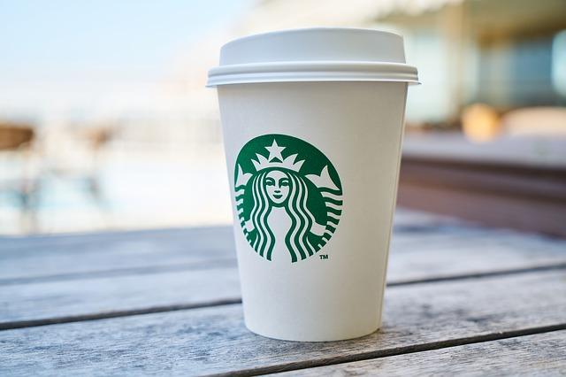 可口可乐杠上星巴克?51亿收购星巴克劲敌Costa,咖啡战争走入大结盟时代